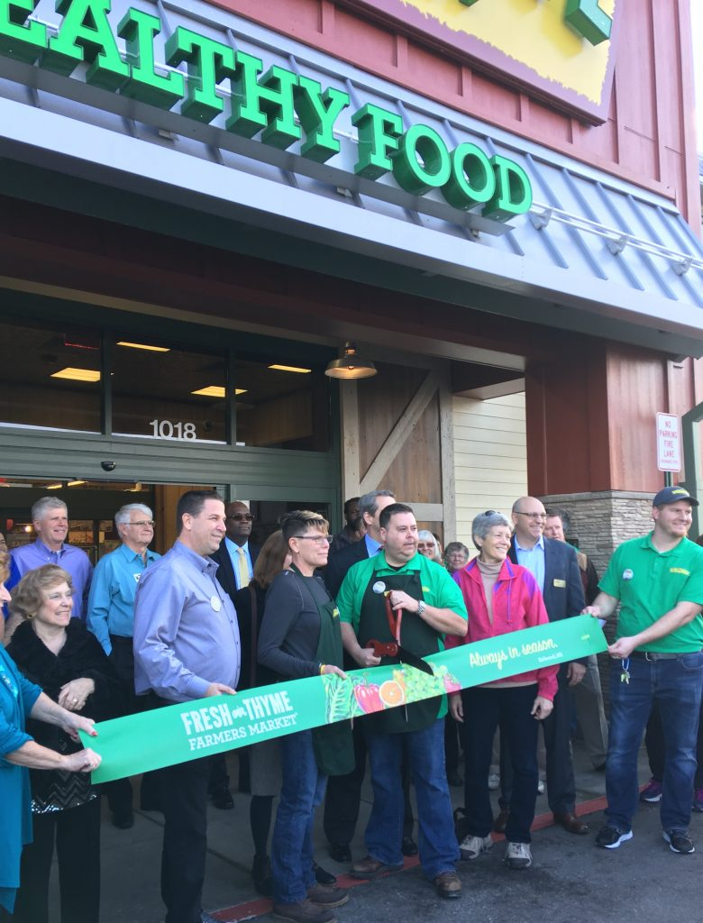 fresh thyme opens third missouri grocery store in kirkwood